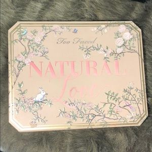 Too Faced Natural Love💕